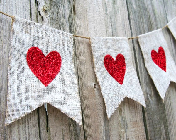 Glitter heart burlap banner 3 1024x819