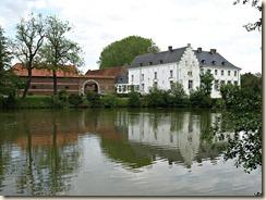Tongeren, hoek Oudenweg en Rooierweg: kasteelhoeve
