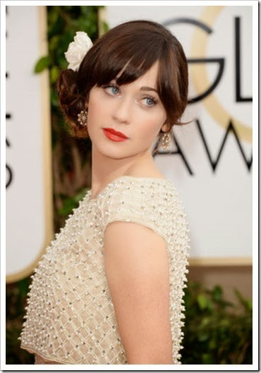 zooey-deschanel-golden-globes-2014-flower-hair-red-lipstick-h465