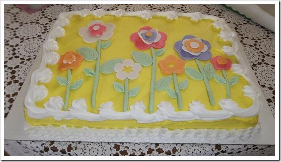 gum paste flower cake 012