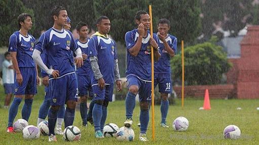 Tur Papua, Persib Boyong 20 Pemain.