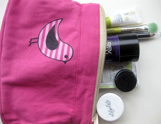 Cute Cosmetics organic bag