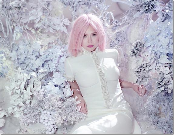 elizabeth-olsen-pink-6