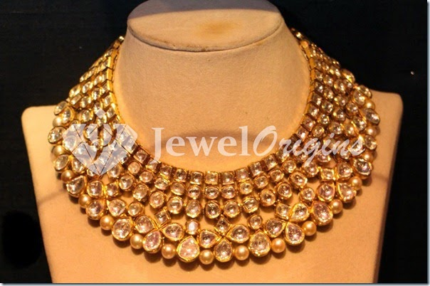 Gold_Necklace