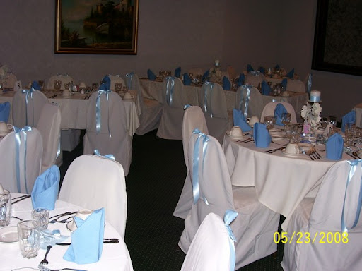 Banquet Facilities avantiweddingseatingroundtablesjpg