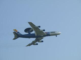 Boening E-3 Senotry AWACS, jeden z 17 wykorzystywanych przez NATO