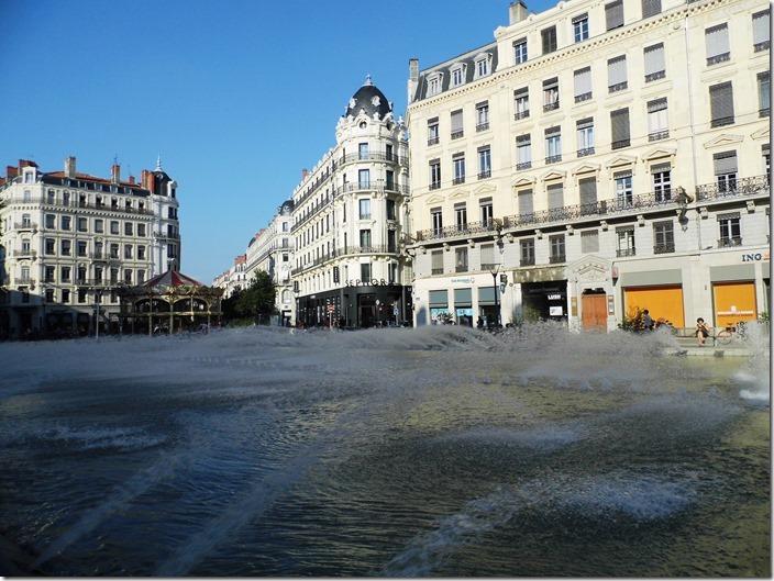 Lyon 26