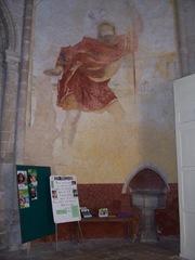 2011.10.16-031 peinture murale et bénitier dans la collégiale