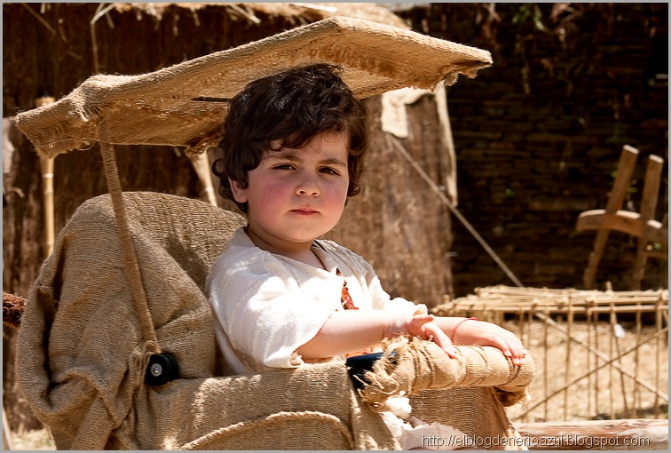 Niño en carrito