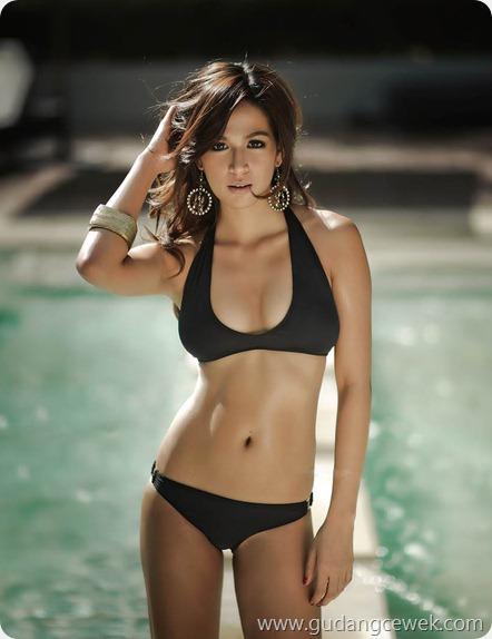 Pose Panas Model Hot Asal Philipina Arra Castro || gudangcewek.com