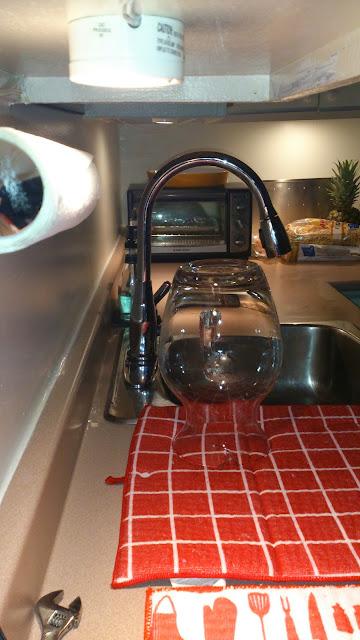 Des petits changements dans la maison qui font du bien! #Ikea #CanadianTire