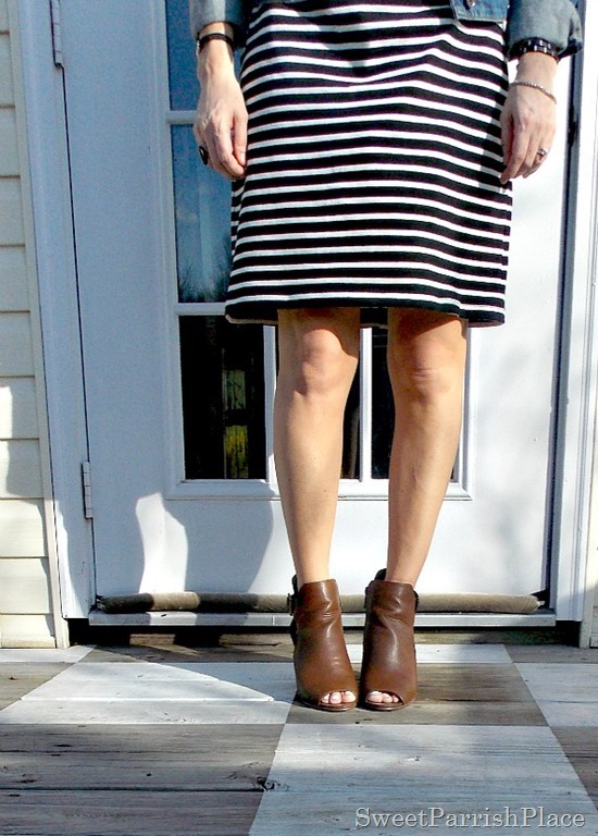 Black and white striped dress, denim jacket, brown peep toe booties1