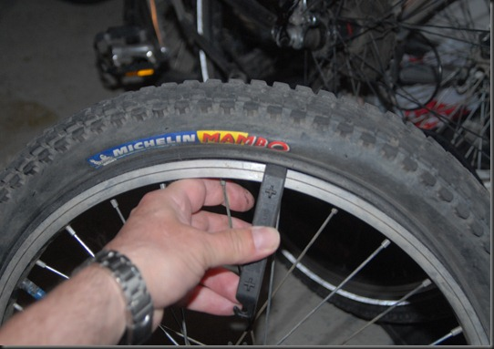 pyörä rengas 011
