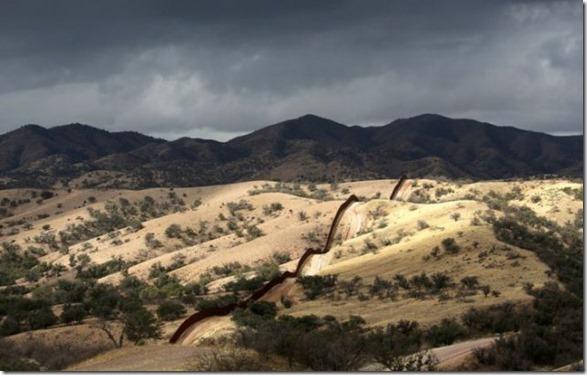 us-mexico-border-14