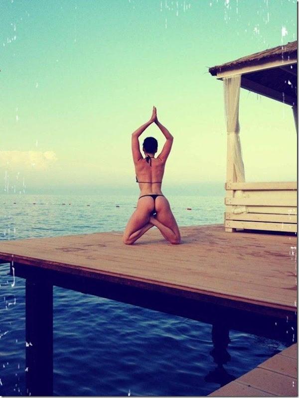 Dasha Astafieva fazendo Yoga (2)