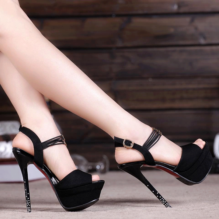 Luxury-High-Heel-Women-Footwear-Fashion-2013-14-5.png
