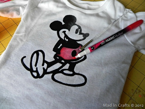 add color to mickey shirt