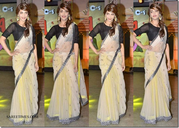 Sruthi_Hassan_Payal_Singhal_Lehenga (1)