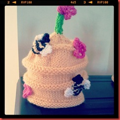 buzzy hat