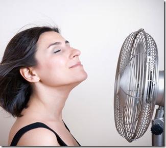 fan-woman-400x400