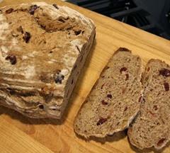 spelt-rye-cranberry-walnut-loaf_603