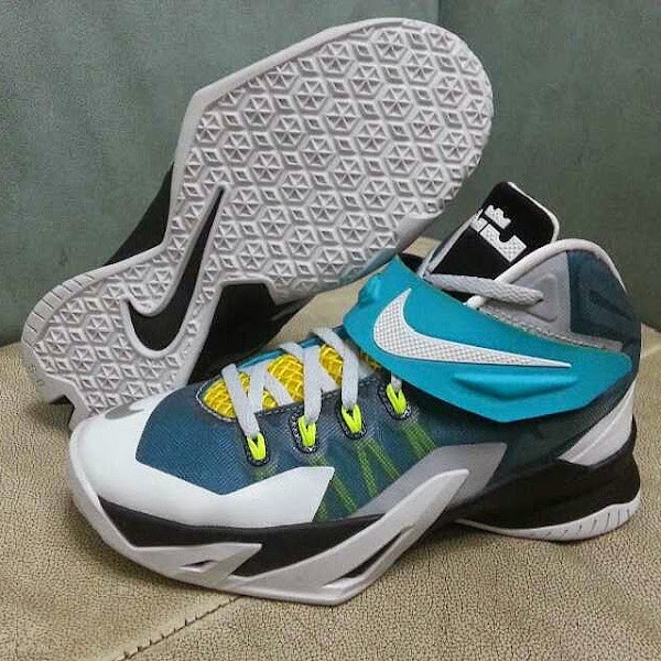 Nike LeBron Zoom Soldier 8 in White Blue and Yellow