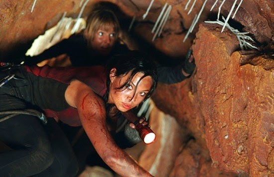 Natalie Mendoza in The Descent
