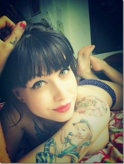 inked-tattooed-girls-043