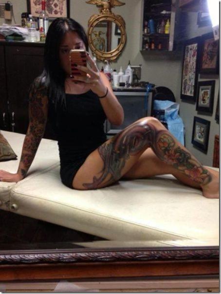 hot-women-tattoos-27