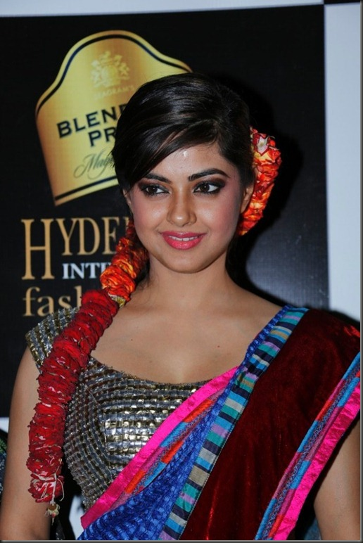 Meera Chopra Latest Hot Stills at BPHIFW 2012 Day 3