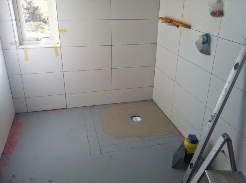 Badrum tvättstuga badrum : Husbygge i Löten: Lite tvättstuga och lite badrum