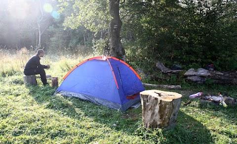 ... tábor v sedle Priehyby ...