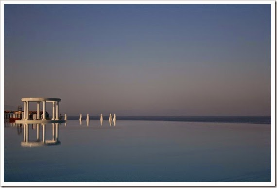 infinity-pool-in-turkey-resort-amazing