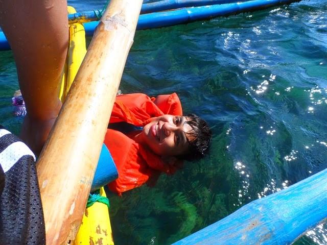 burot_beach_batangas_trip_angelomesa_2014 (223)
