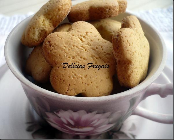 Biscoitinhos de fubá - Delícias Frugais