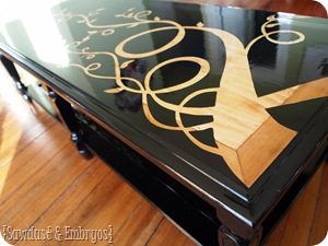 Upcycled Wood Grain Coffee Table ~ using Vinyl as a Stencil {Sawdust and Embryos}
