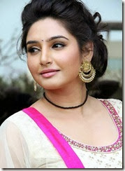 ragini_dwivedi_beautiful_still
