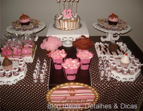 festa marrom e rosa tema cupcake