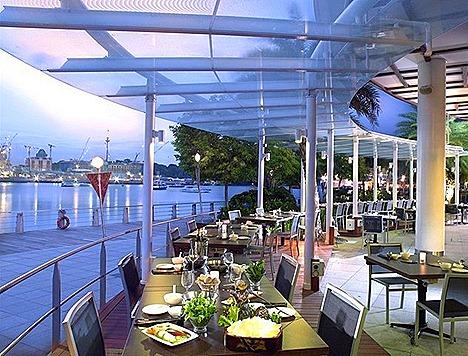 JPOT Vivocity alfesco dining