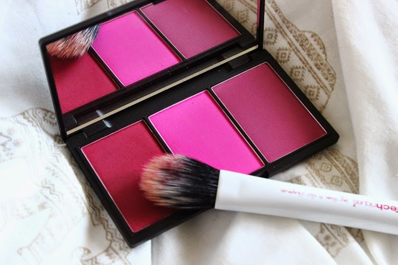 sleek-blush-by-3-in-pink-sprint-real-techniques-duofiberbrush