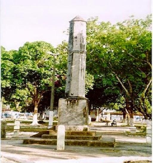 Obelisco, Soure - Parà
