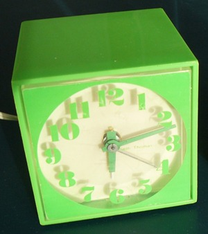 Seth Thomas Mini-Light alarm clock, green