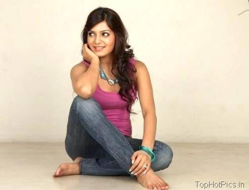 Samantha Prabhu Hot Pics in Jeans 3
