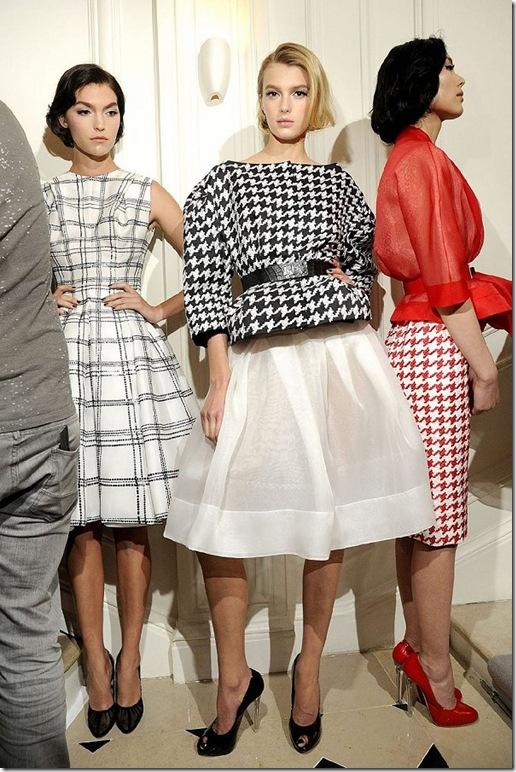 2012-ilkbahar-Yaz-Couture-Christian Dior-defile arkasi-28