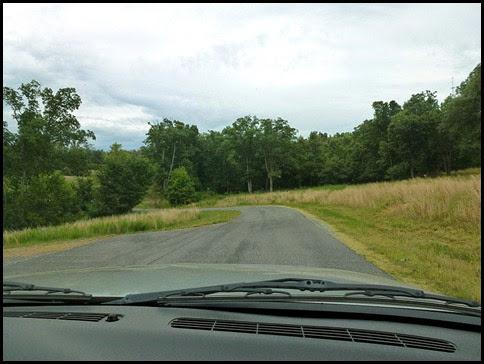06d - One way drive through the Prairie