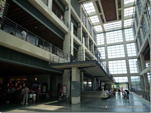 鶯歌陶瓷博物館-寬廣的大廳