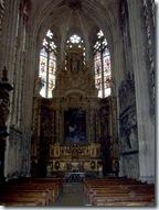 2005.08.19-010 retable dans la cathédrale