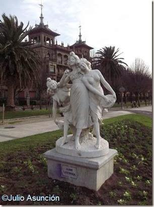 Bailarinas - barrio de Gros - San Sebastián