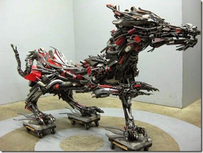 travis-pond-steel-pond-studios-scrap-metal-beast-1-537x402