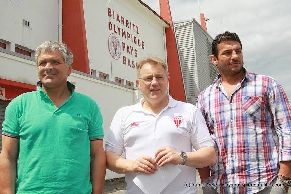 Pierre Chadebech , Eddie O'Sullivan et Benoit August